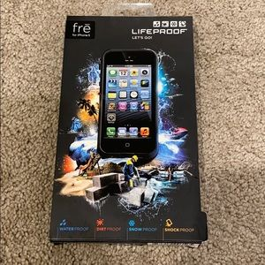 Lifeproof phone case for iPhone 5